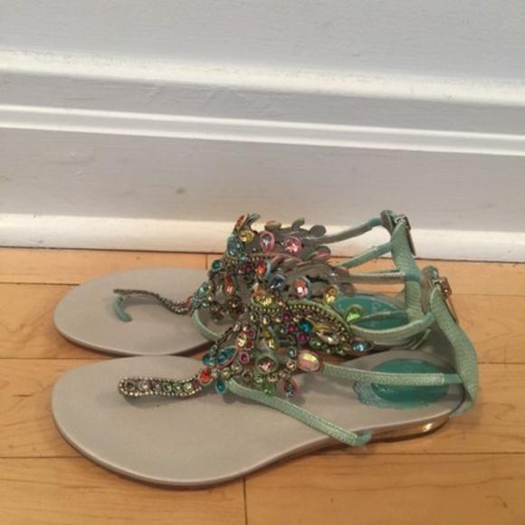 e04c708ae5d5 Rene Caovilla Crystal Thong Sandals Flats. M 5b08ca3a9cc7efa0d31f919c